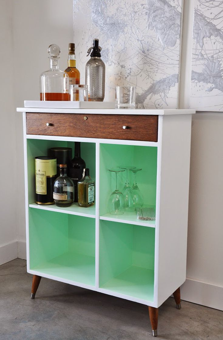 DIY Home Bars Perfect for Small Space Entertaining