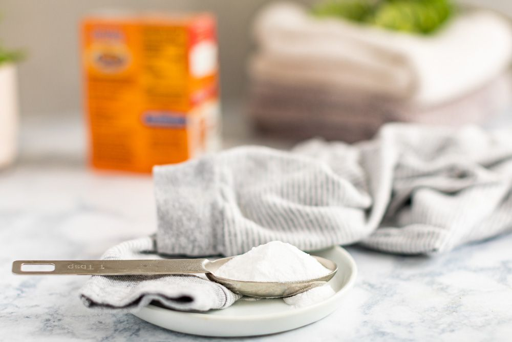 baking soda as a natural cleaner