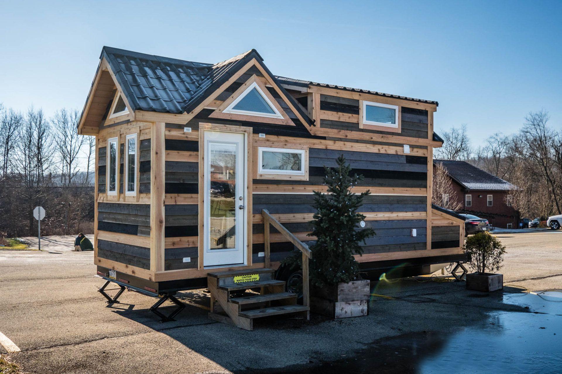 Astounding 7 Totally Doable Diy Tiny House Kits Download Free Architecture Designs Momecebritishbridgeorg