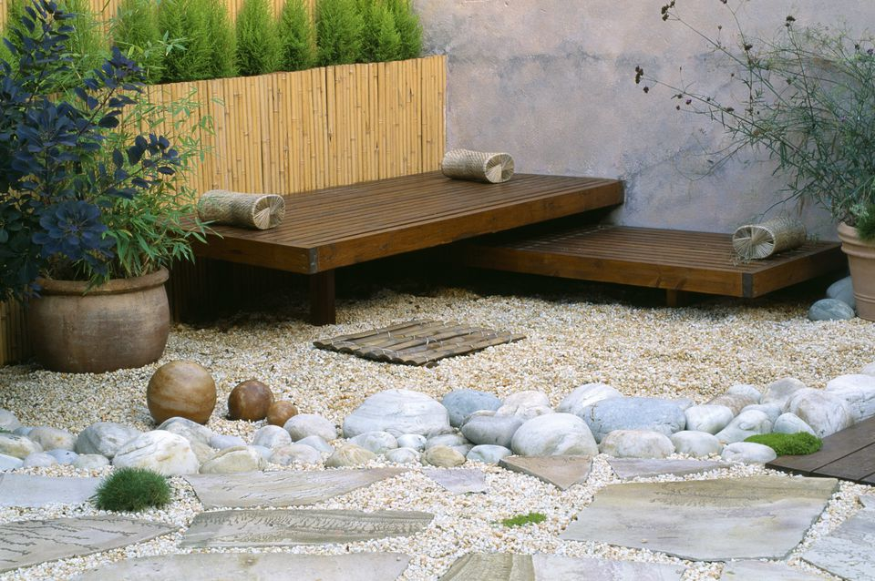 mixed materials patio