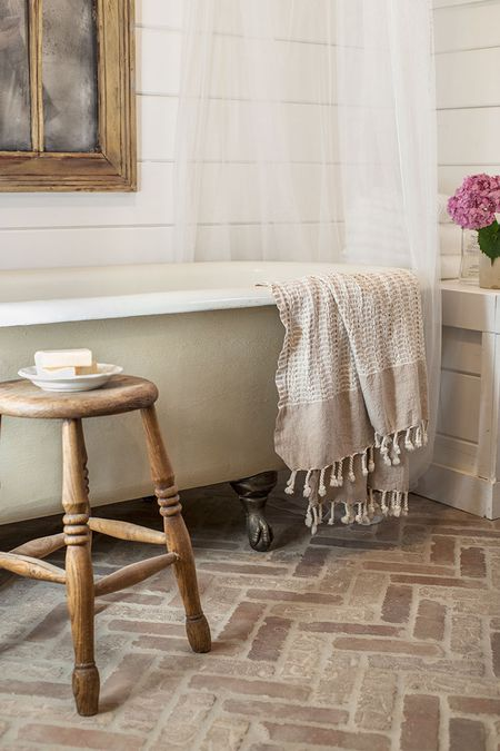 Cottage Bathroom With Clawfoot Tub