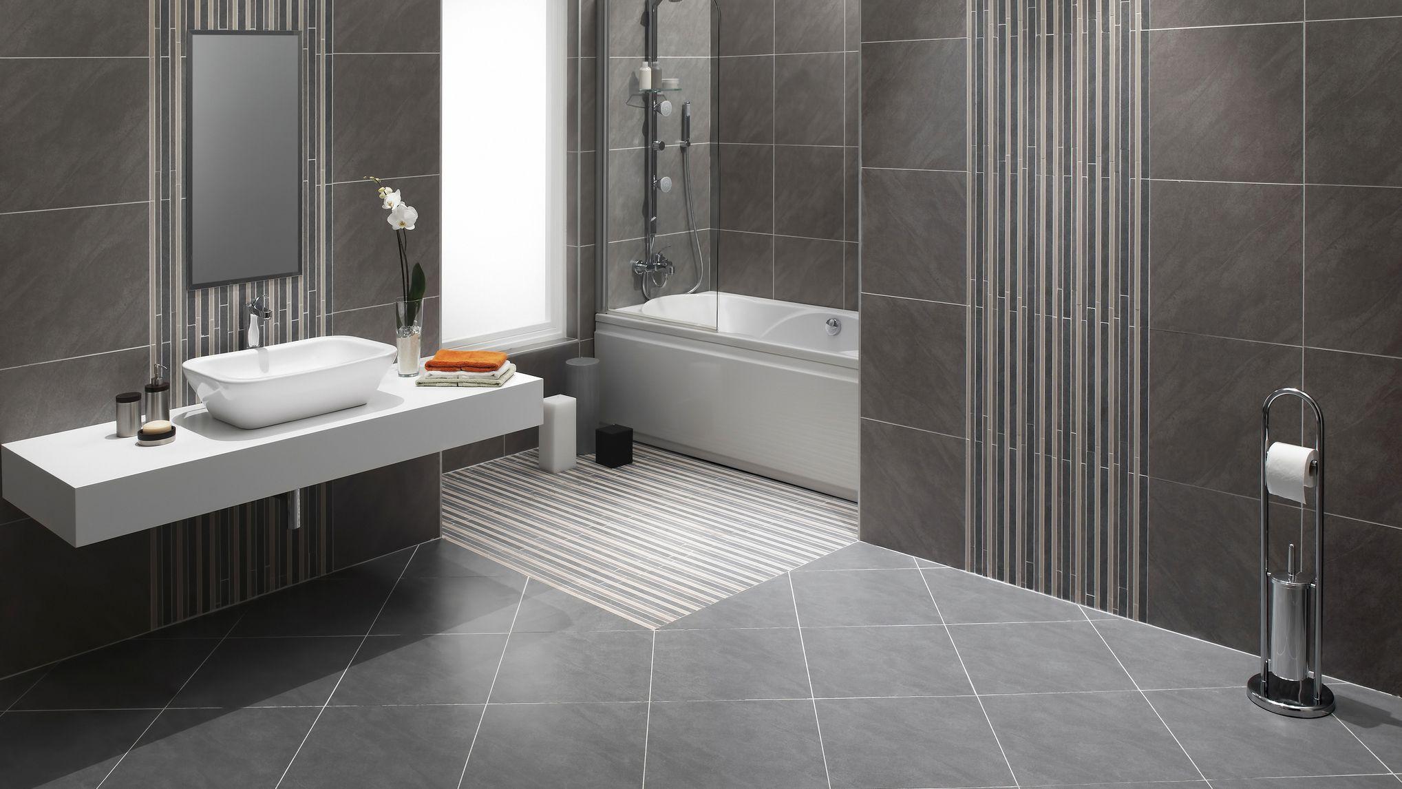 A Diagonal Tile Layout For Bathroom Floor