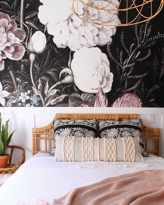 Floral wallpaper in bedroom
