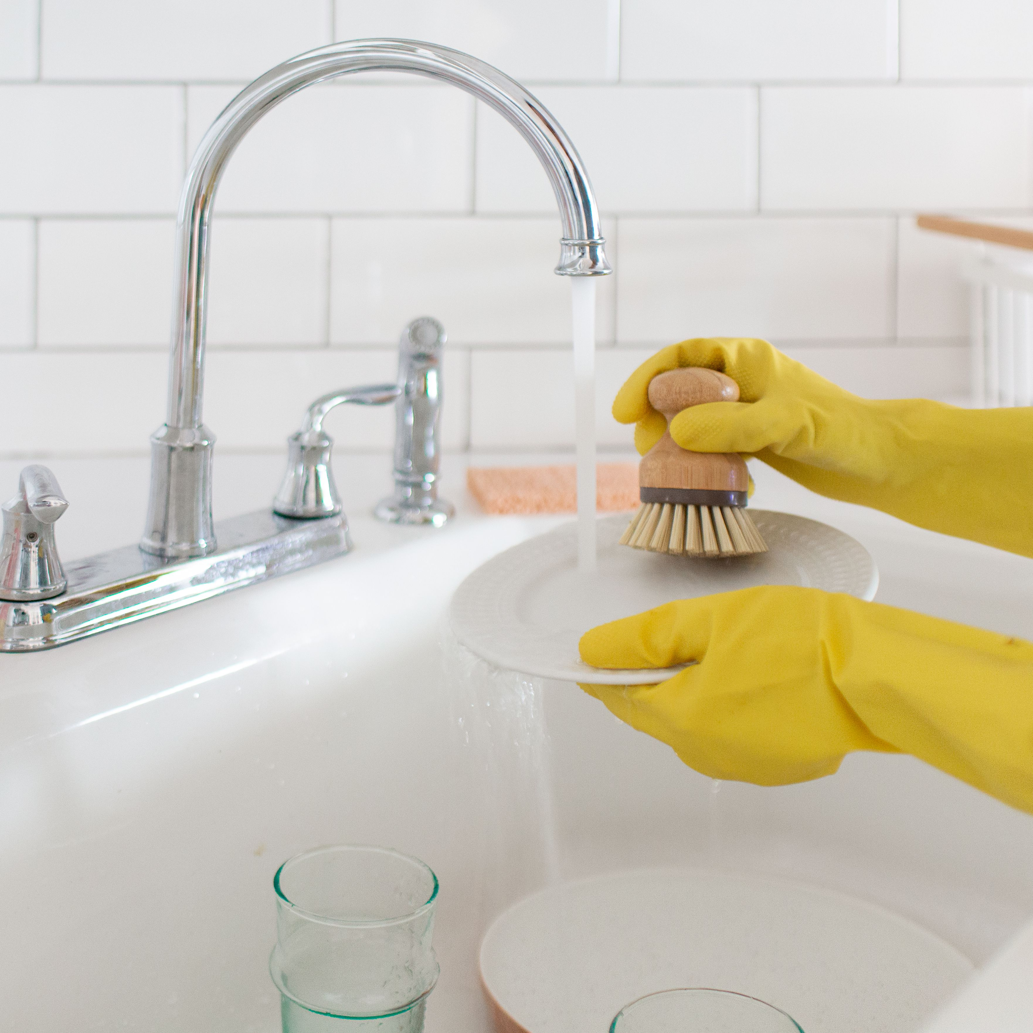 Does Your Hot Water Kill Bacteria