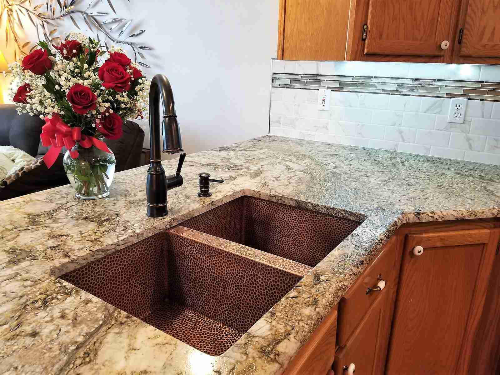 Beautiful Kitchen with Blue Dunes Granite
