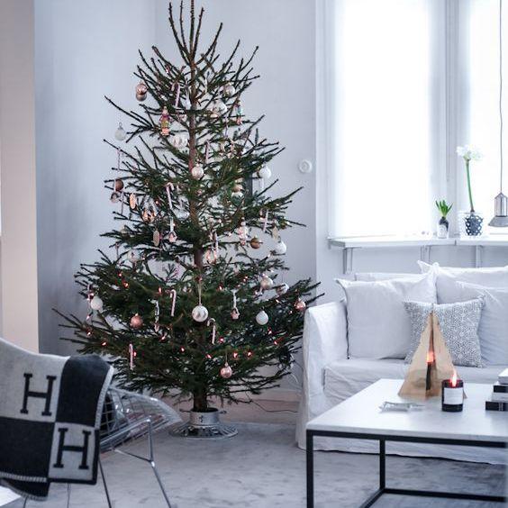 Modern Christmas tree in Scandinavian living room