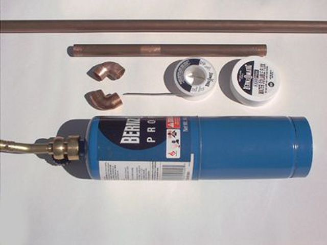 Picture of soldering supplies used in copper-pipe garden fountain project