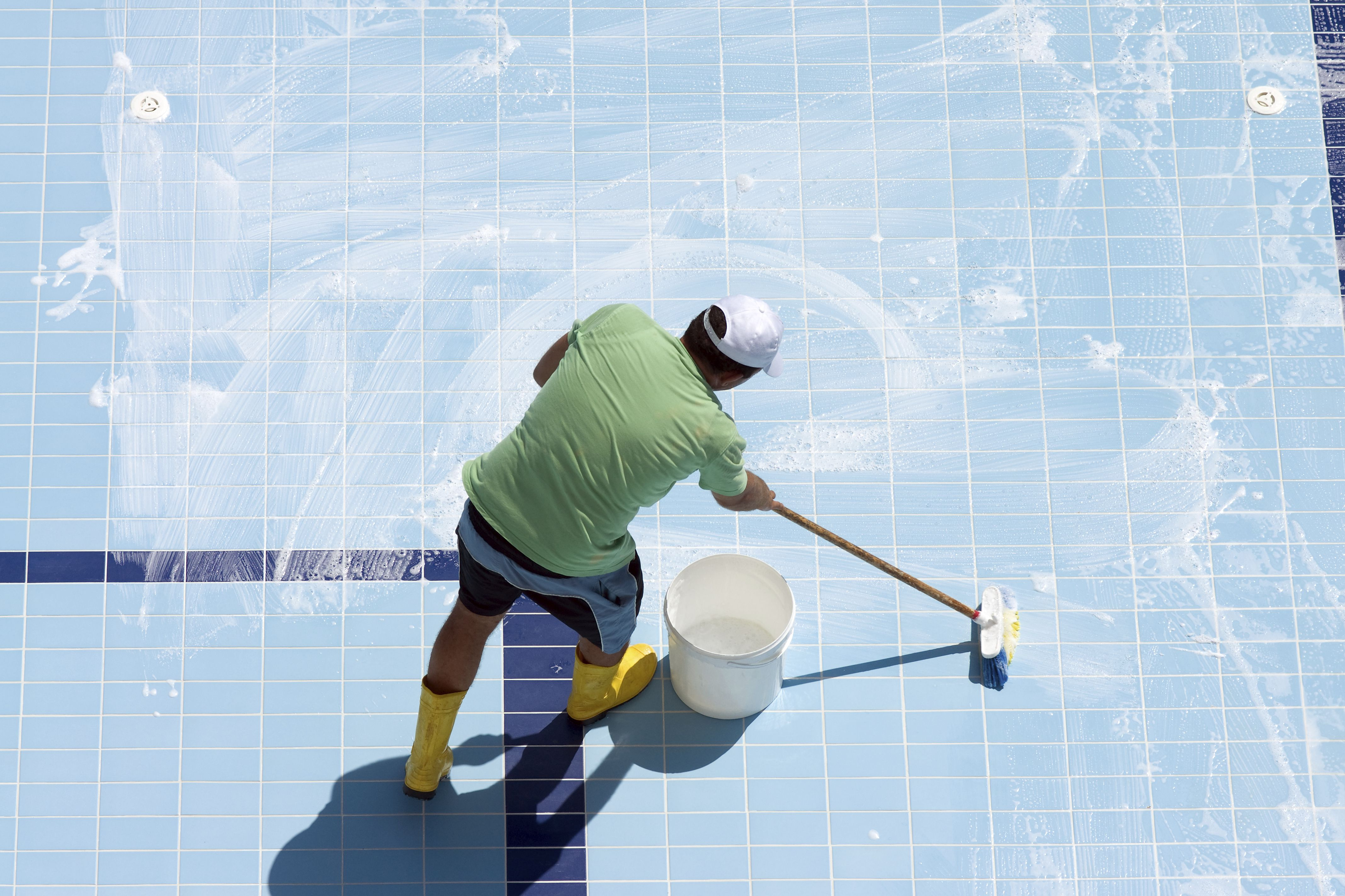 Water Saving Tips For Swimming Pools And Spas