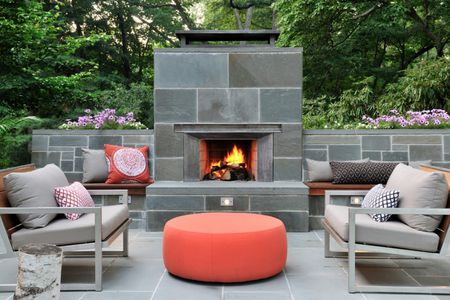 outdoor fireplace ideas - 25 Warm And Welcoming Outdoor Fireplaces