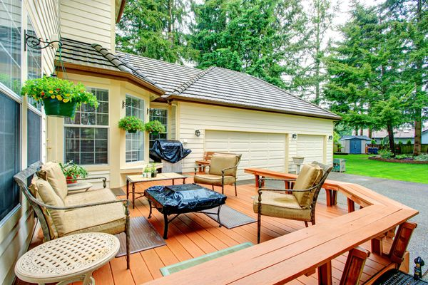 Curb Appeal Tips Home Staging Deck