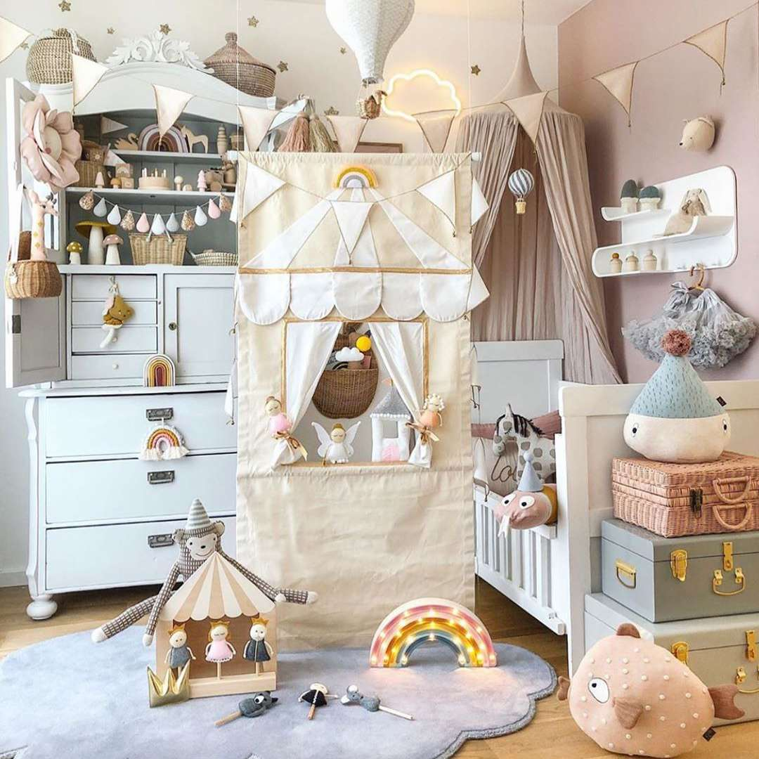 Kid's room with tents and suitcases