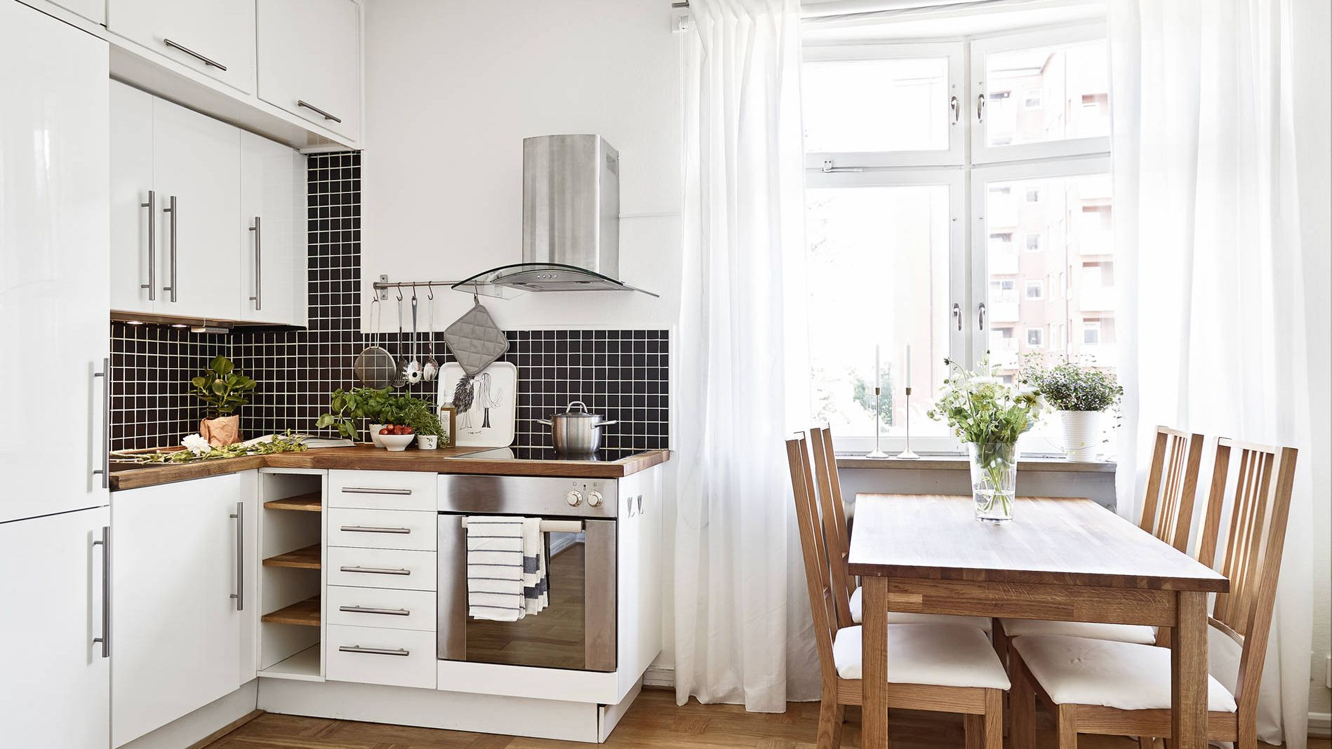 8 Space-Making Hacks for Small Kitchens