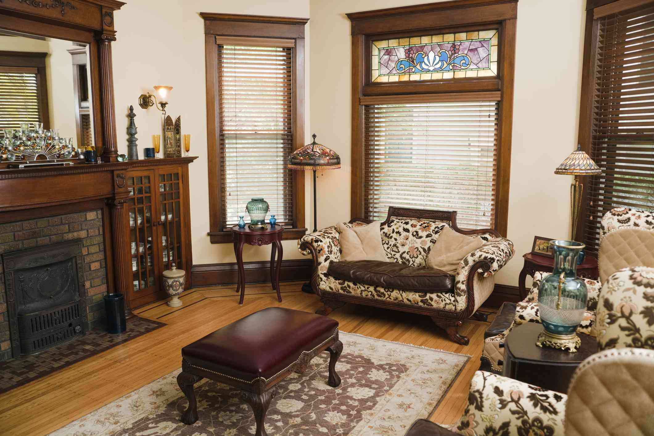Victorian style living room.