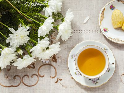 what is a good strategy for hosting a bridal shower tea party