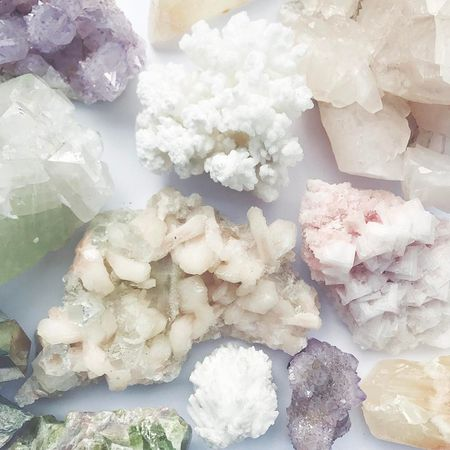 10 Chic Ways to Display Crystals