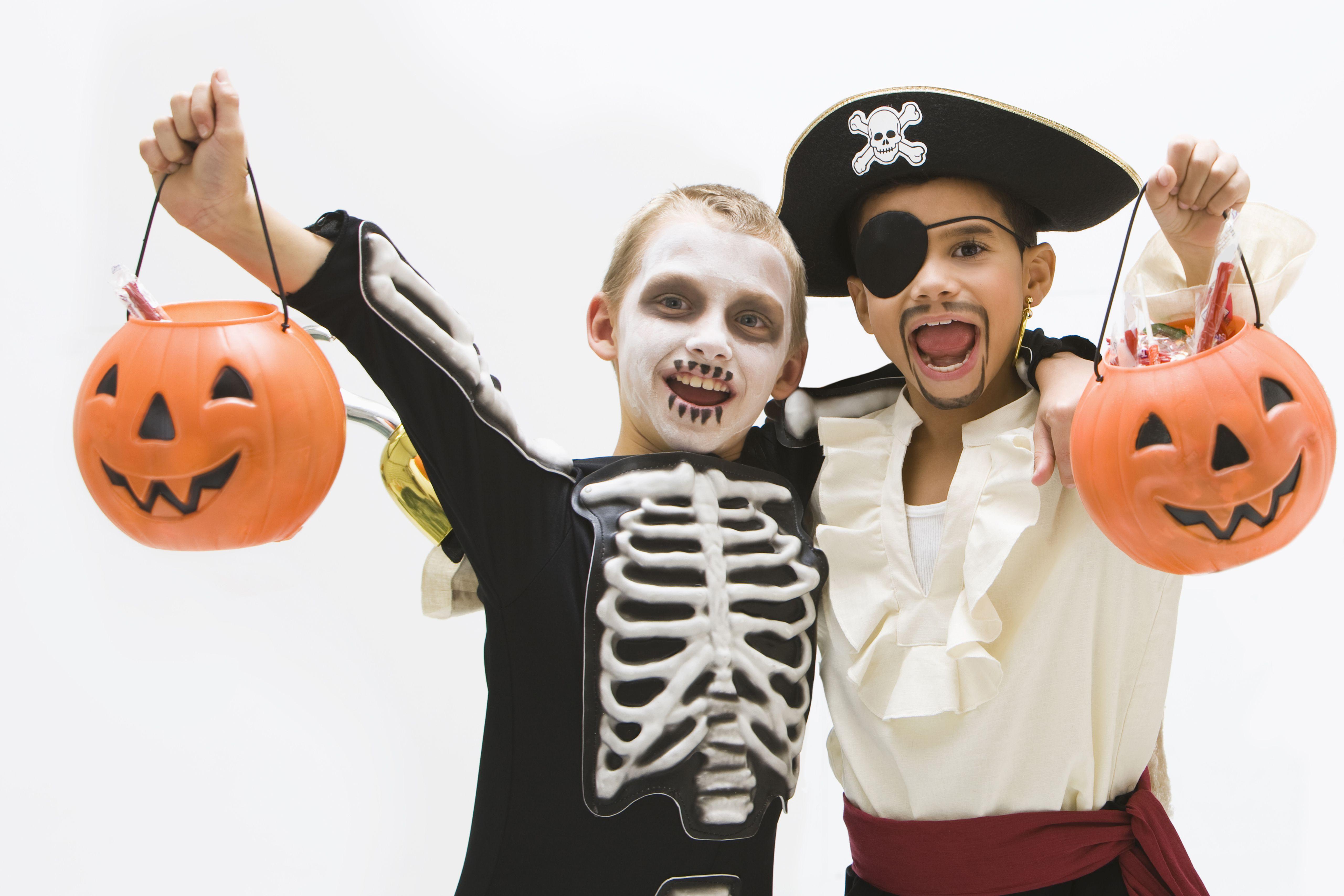 Retro Halloween Fun to With the Grandkids