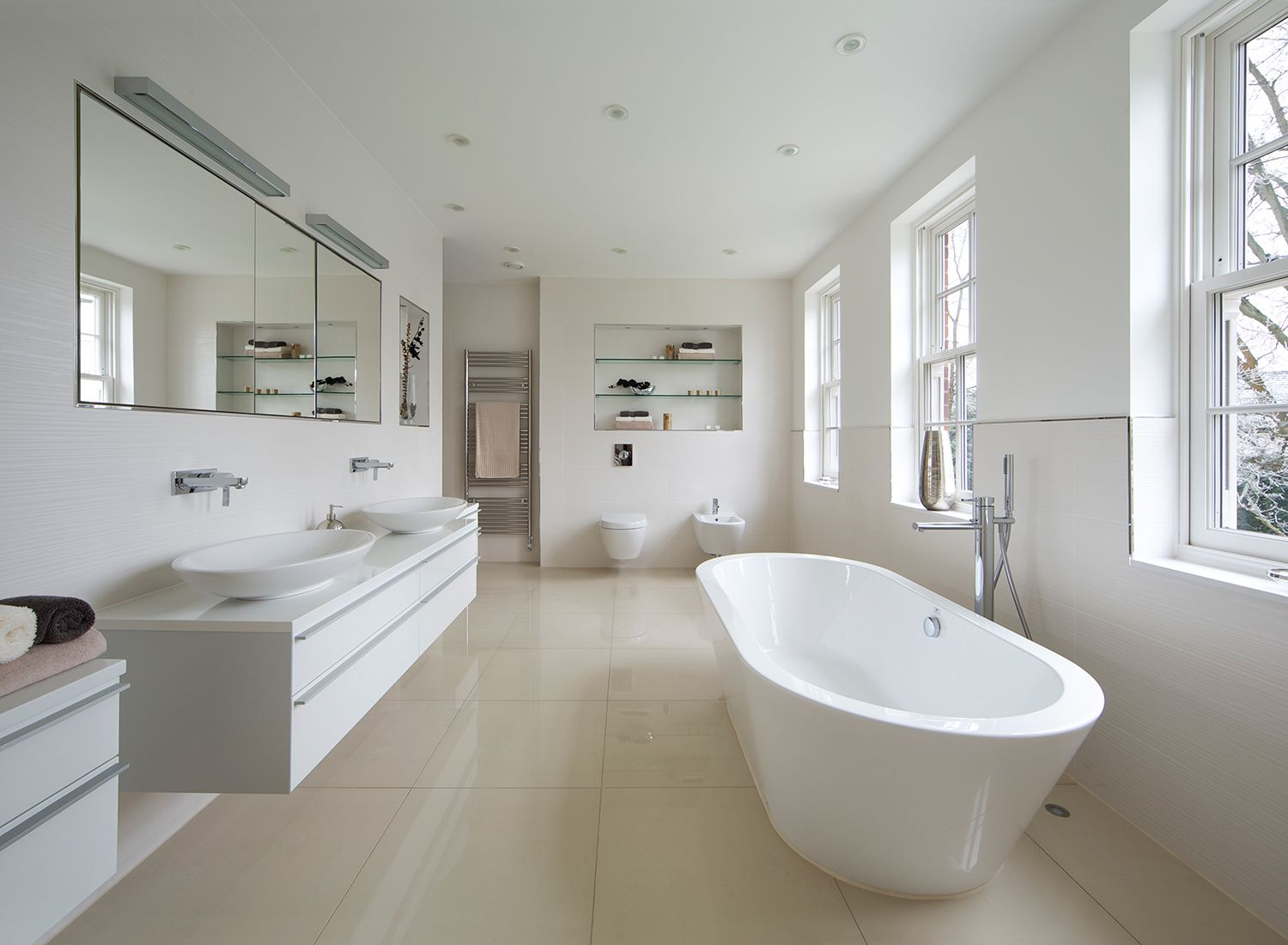10 ideas for beautiful bathrooms with pedestal sinks