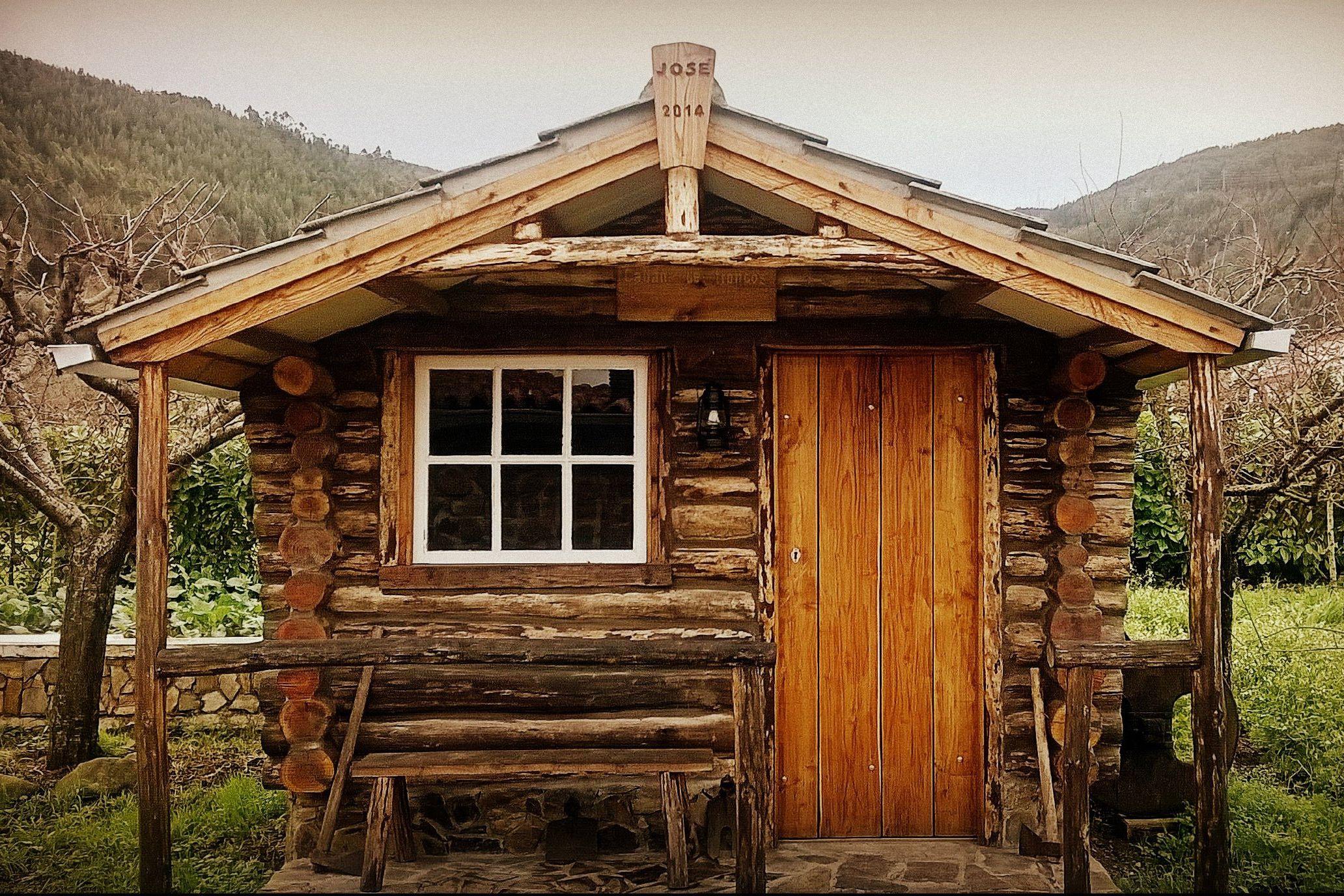 Joalex Henry DIY cabin cabin