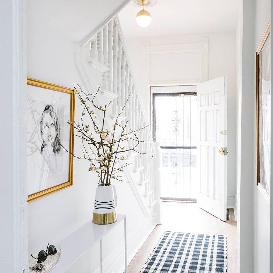 10 Clever Hallway Decor Ideas