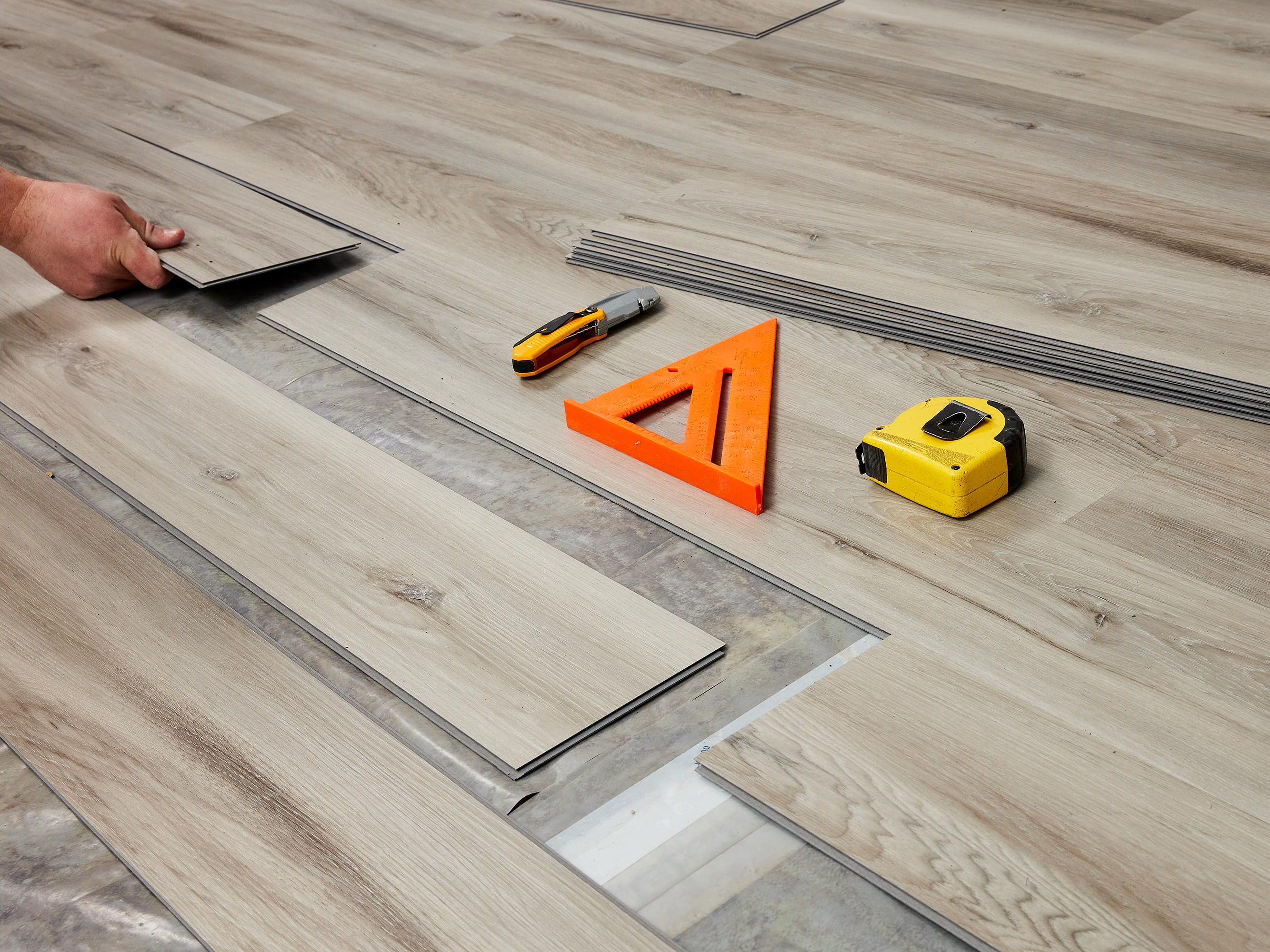 Floating Floors Pros And Cons, Is It Better To Glue Or Float Hardwood Floors