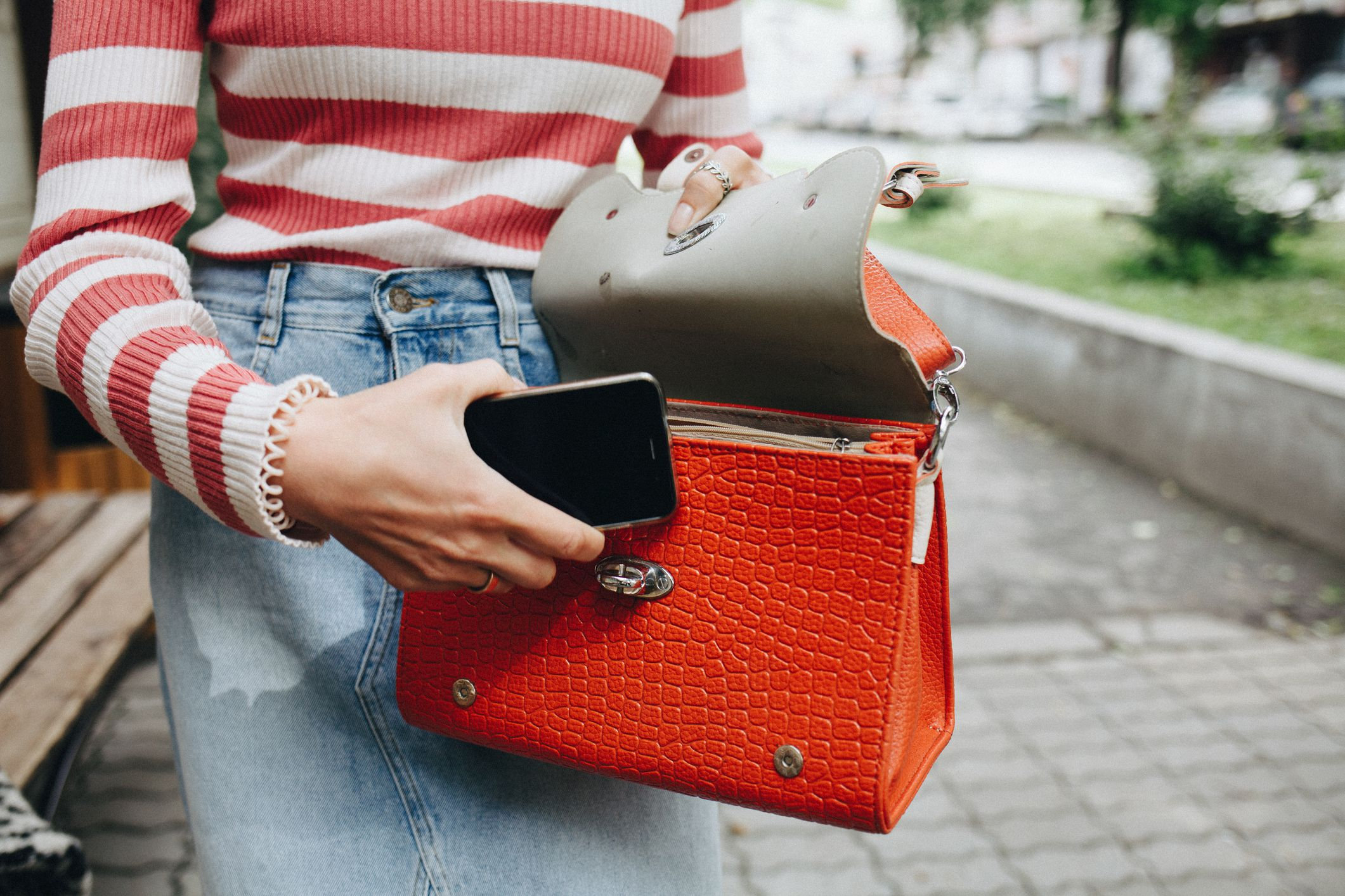 The 8 Best Purse Organizers of 2021