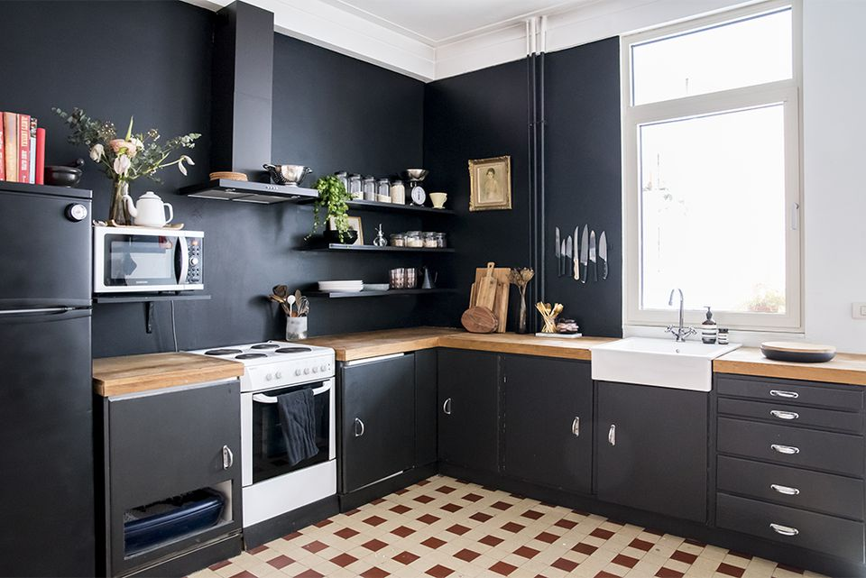 25 Black Kitchen Ideas on cheap kitchen counter ideas, kitchen island counter ideas, bar counter ideas, extended kitchen counter ideas, breakfast counter ideas, bath counter ideas, grill counter ideas, kitchen window counter ideas, kitchen corner counter ideas, kitchen top counter ideas, desk counter ideas, tile counter ideas, lazy susan counter ideas, computer counter ideas,