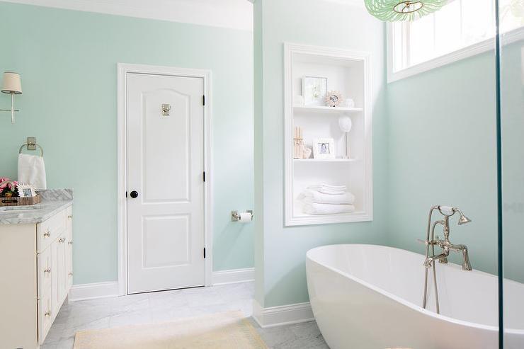 12 Ideas For Gorgeous Green Bathrooms