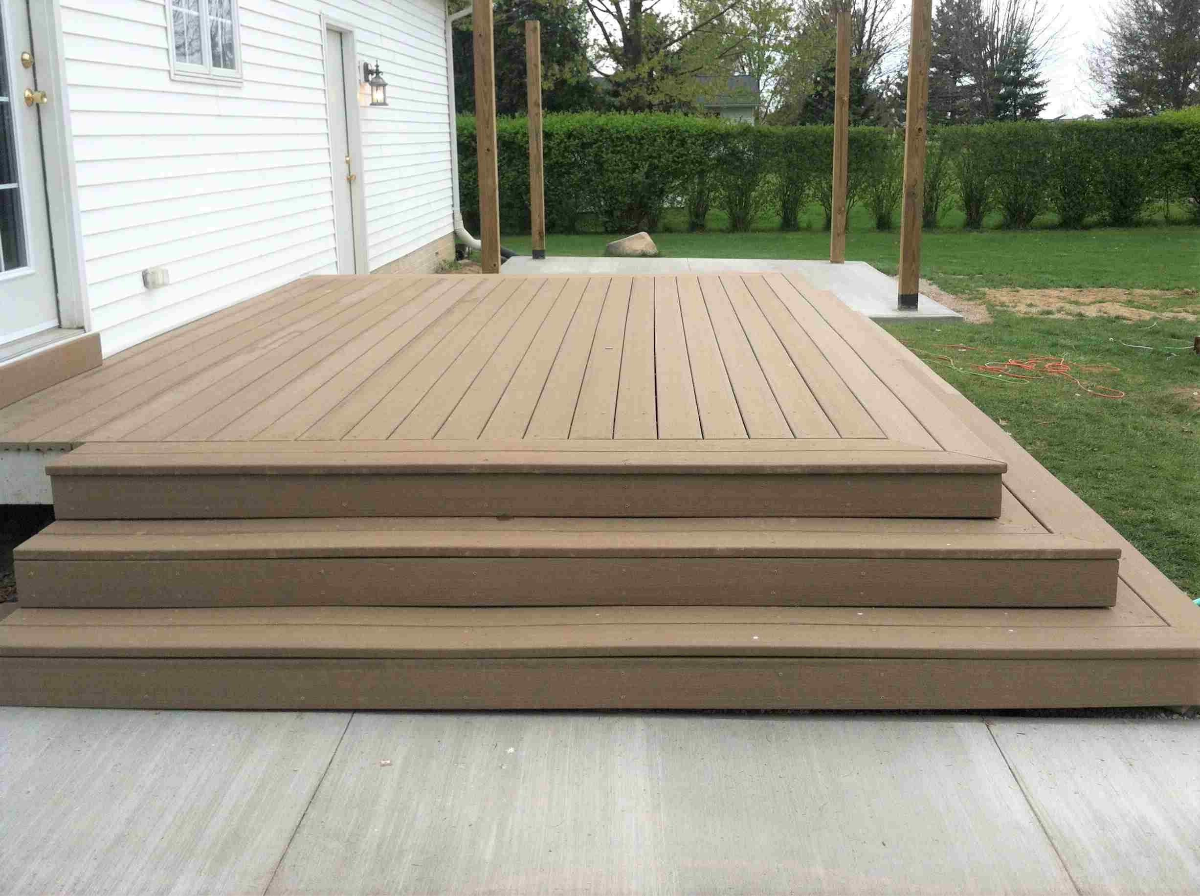 10 Beautiful Easy Diy Backyard Decks
