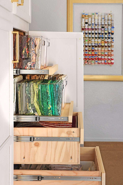 Storage cabinet of fabric