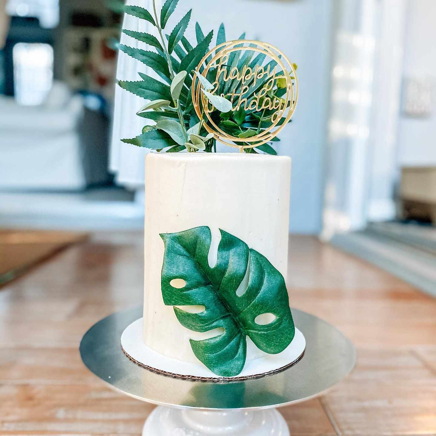 cake with monstera leaf