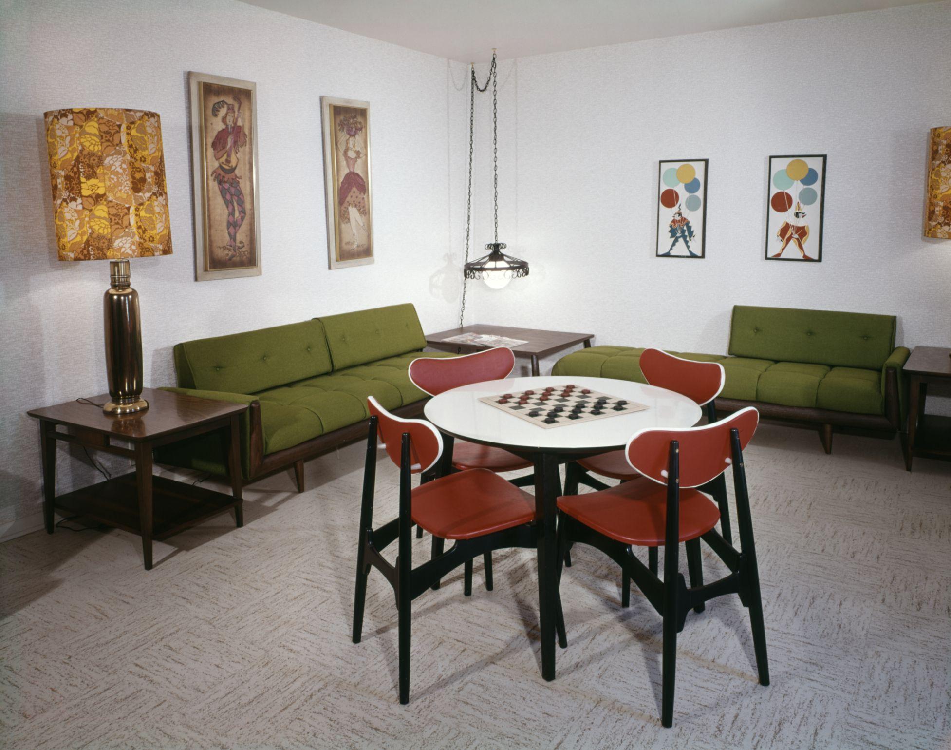 Linoleum Flooring in Living Rooms