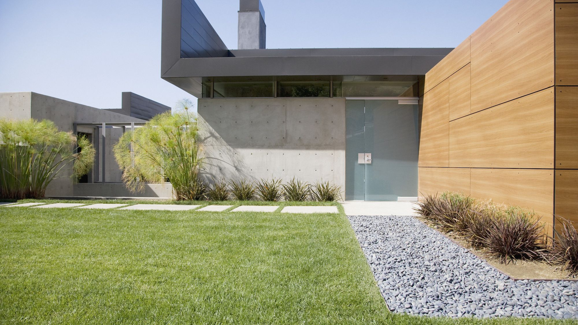 10 Do It Yourself Landscaping Tips