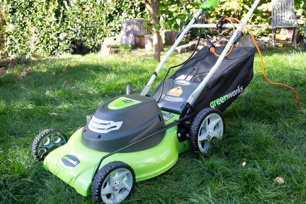 Greenworks 25022 Lawn Mower