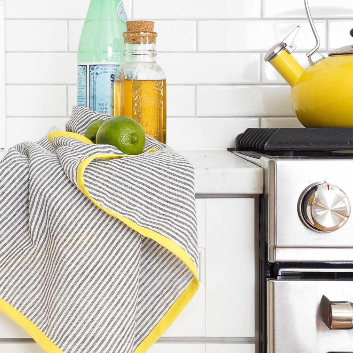 DIY Color Edged Tea Towels