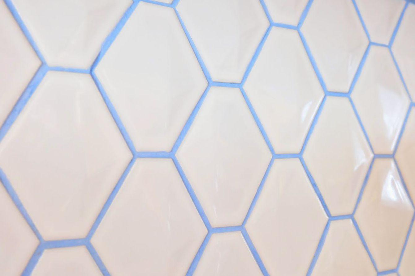 Blue-Grout-White-Tile