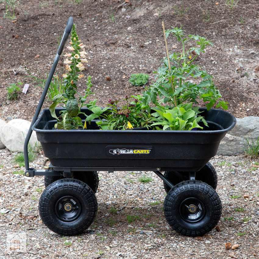 Gorilla Carts GOR4PS (-C) Poly Garden Dump Cart