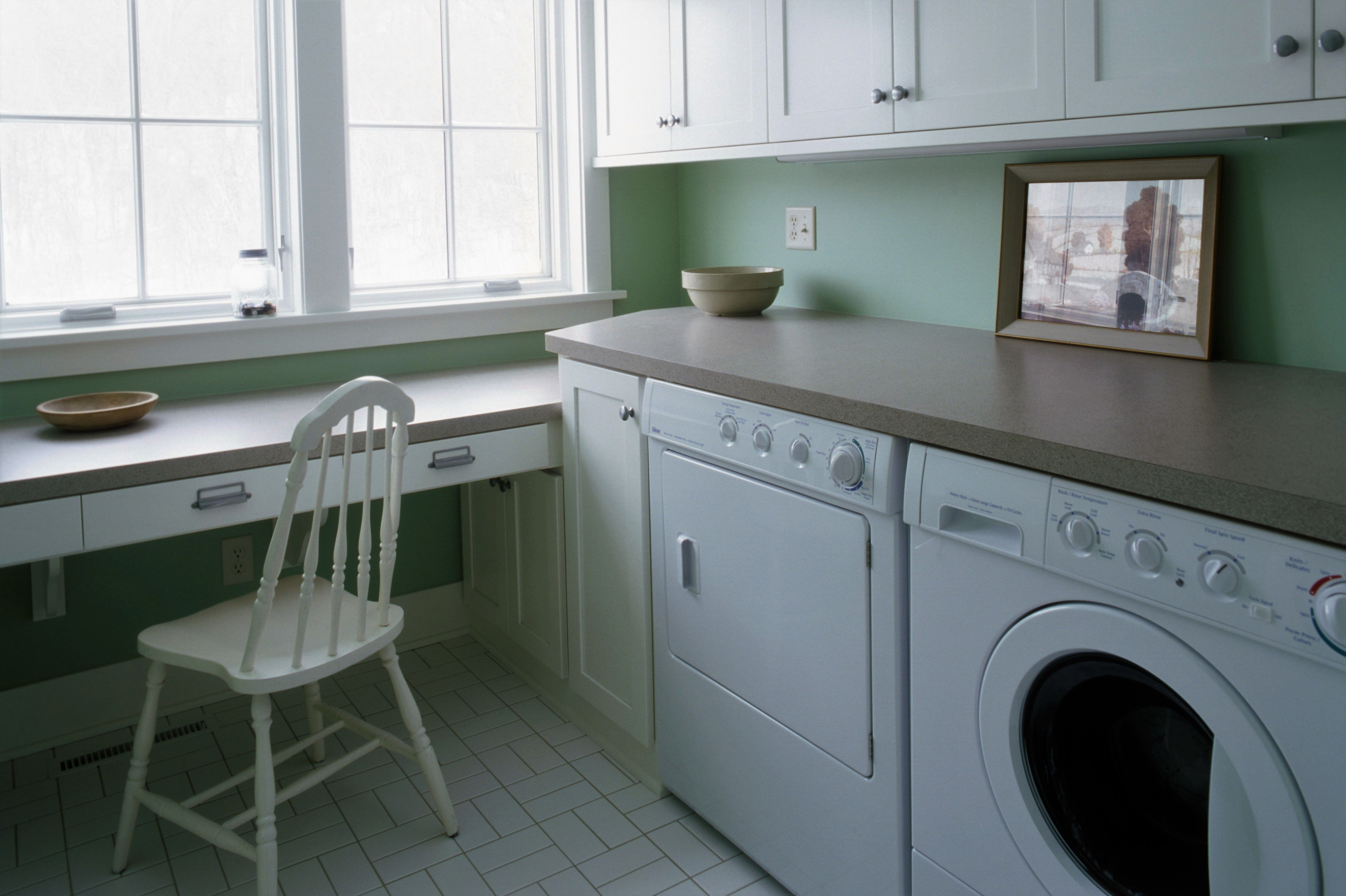 Work Station Laundry Room