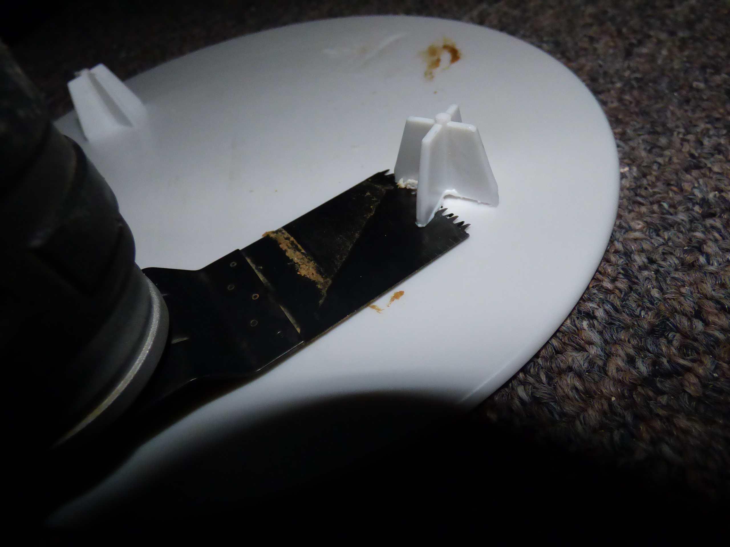 Cut Off Bottom Legs of Separator Plate