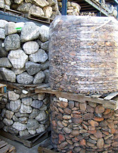 materiales de pavimentación de rocas en paletas