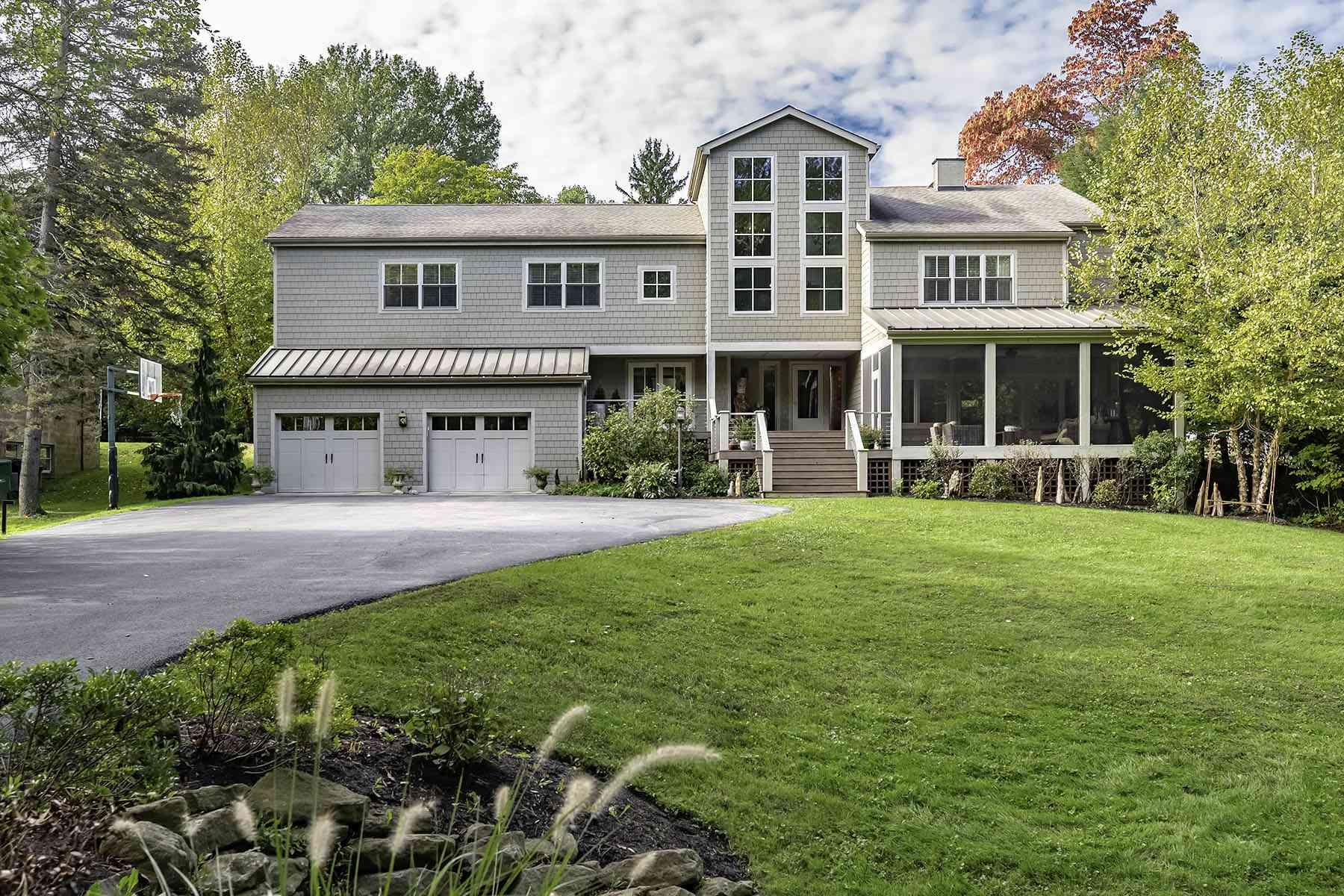 Casa contemporánea costera estilo Shingle en Sewickley, Pensilvania