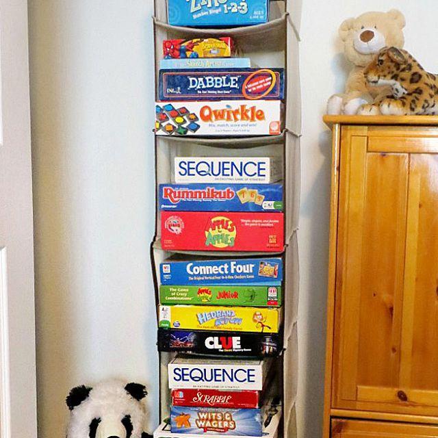 Hanging game storage