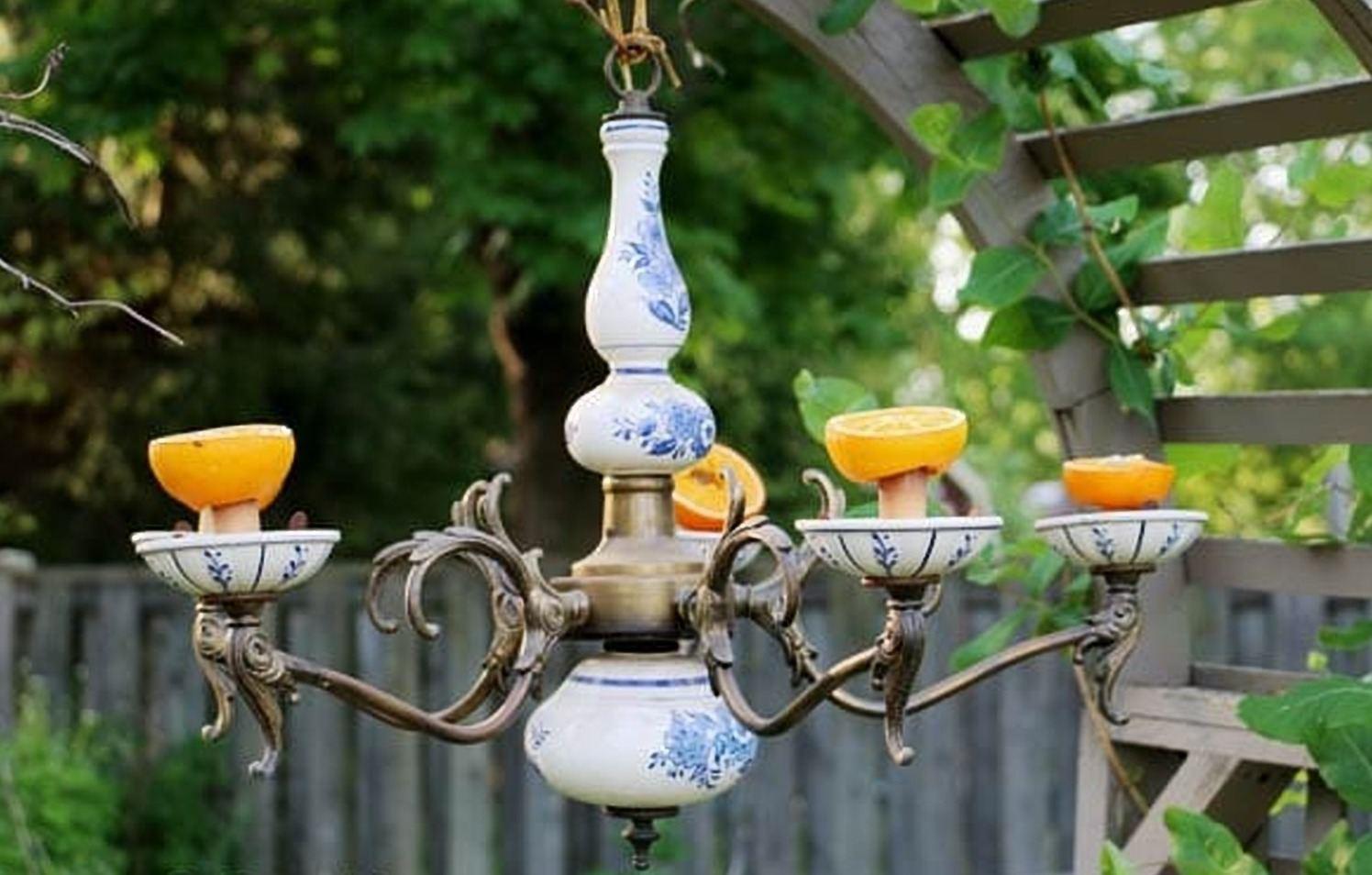 Garden Chandelier Birdfeeder