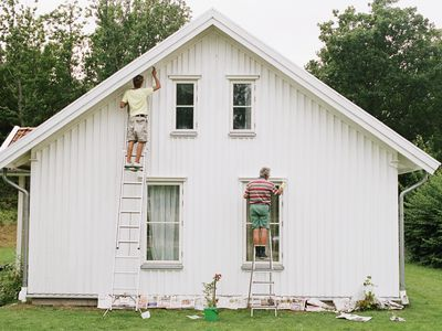 This Is The Best Time To Paint Your Home S Exterior
