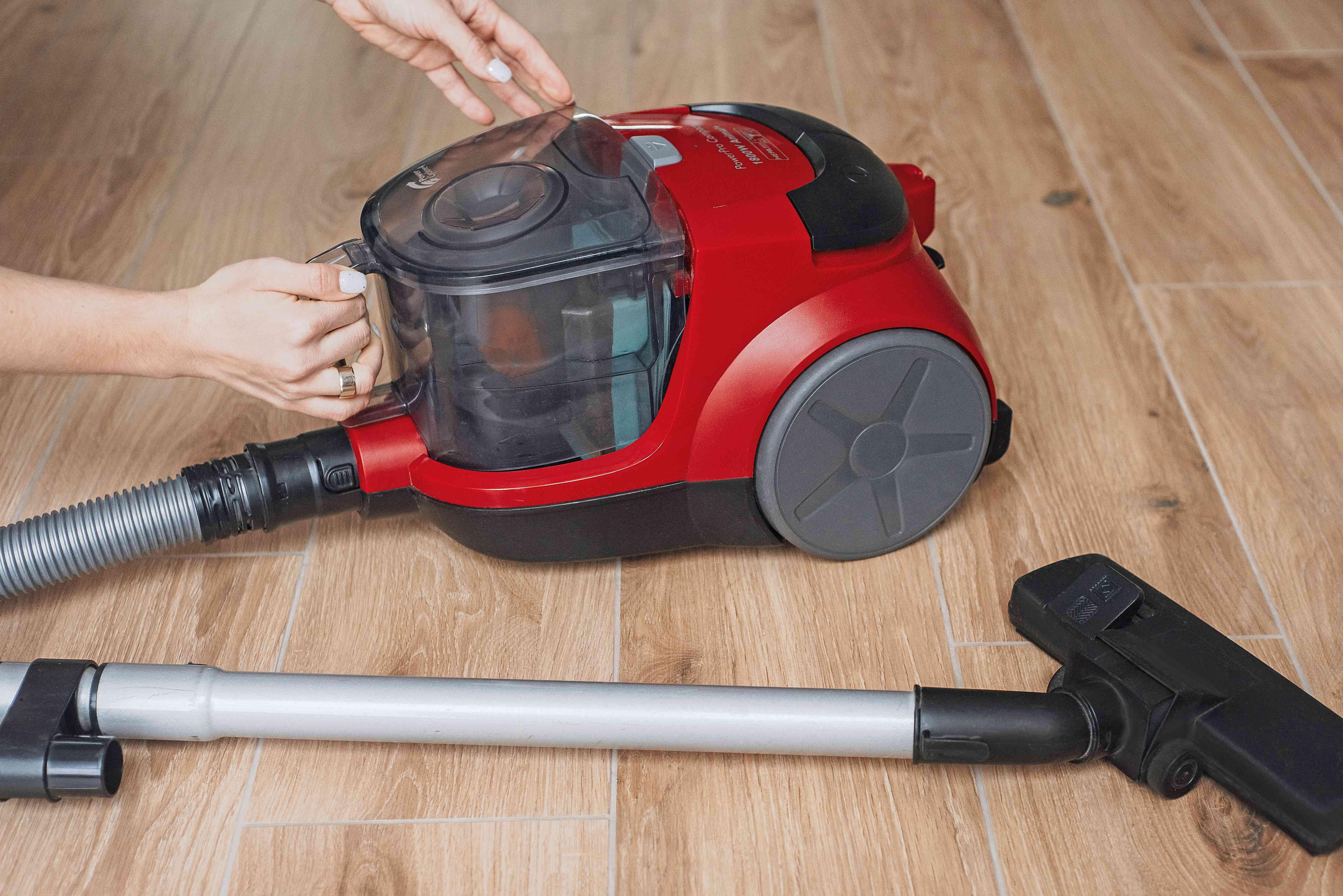 reassembling the vacuum