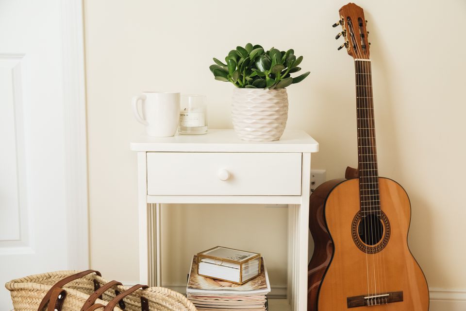 guitar in an apartment