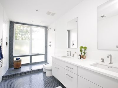Bathroom painted Benjamin Moore Simply White