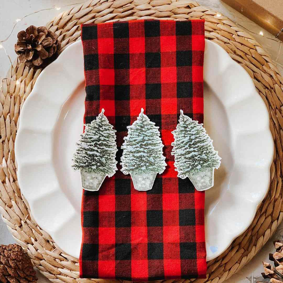 Napkin with Christmas trees