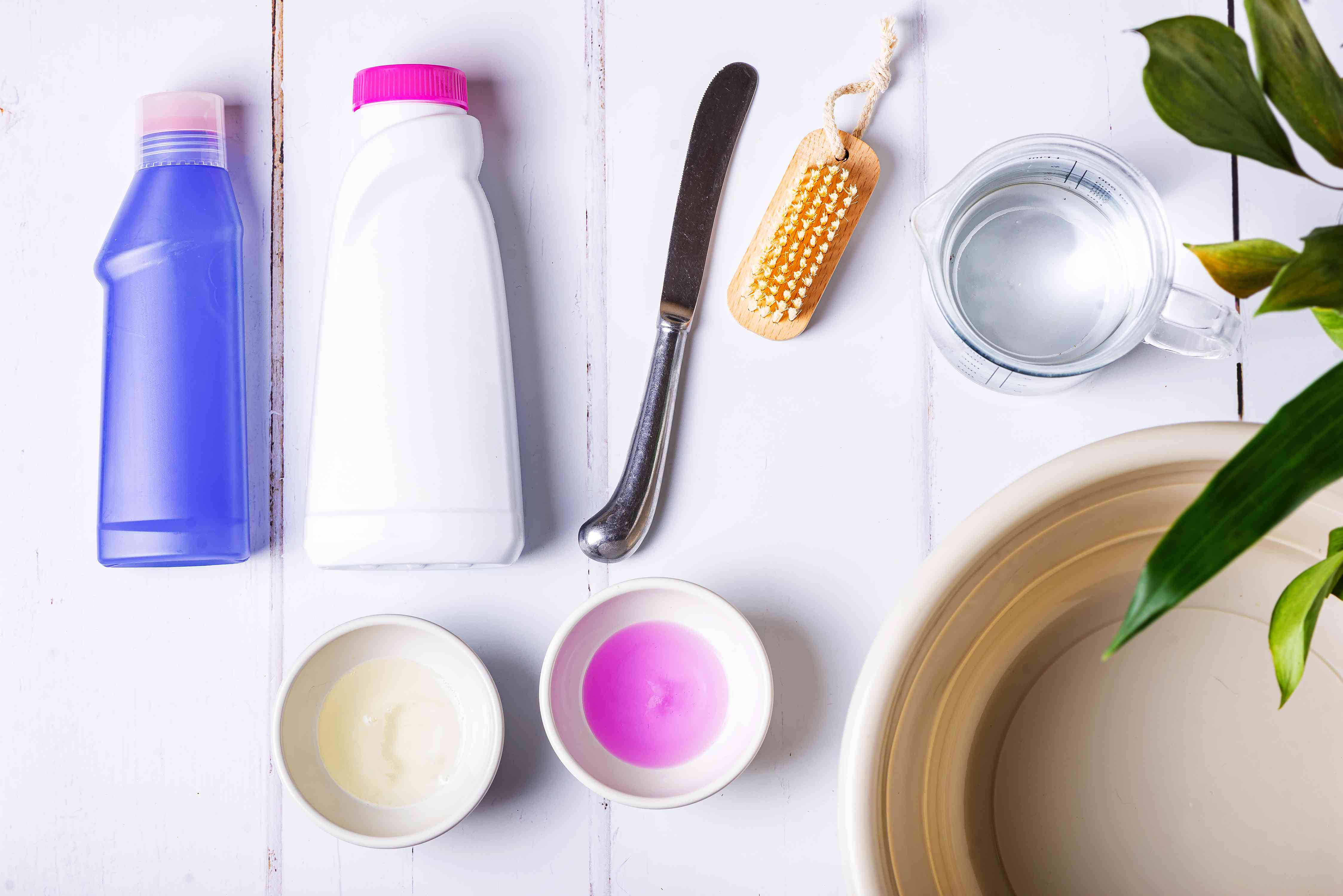 materials for removing berry stains