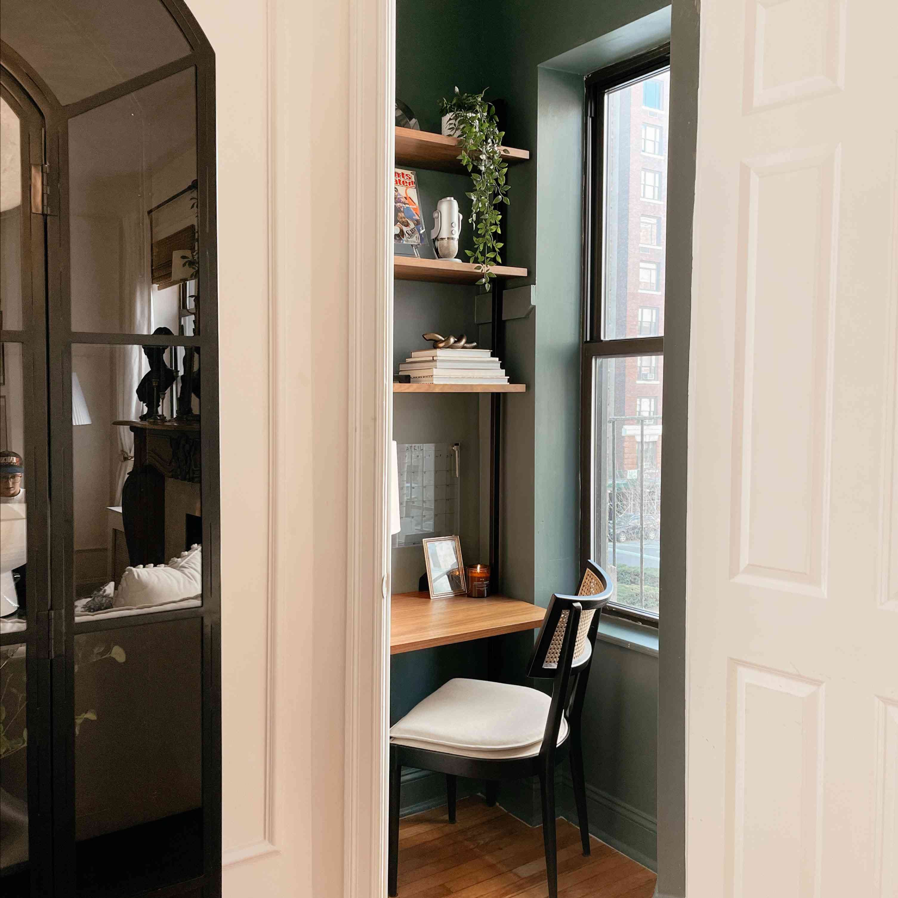 Anna Page closet office