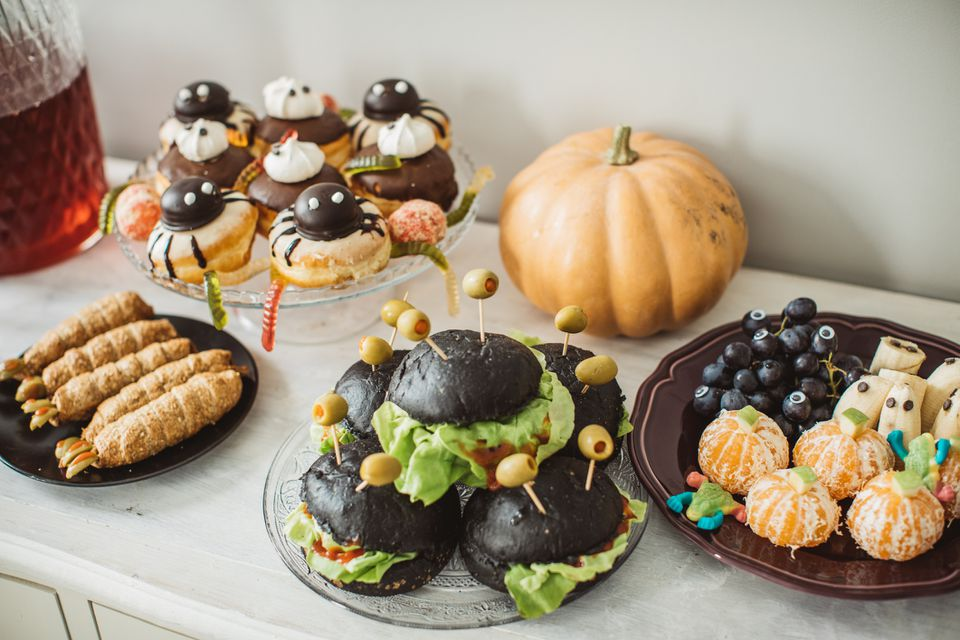 Mesa de comida de Halloween